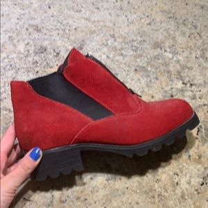 Brand new never worn barbo red booties